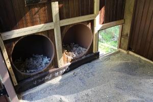 Nest boxes-shavings-sand USE