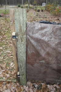 VERT tarp at gate pole