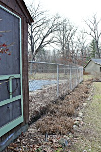 Pool shack row of grasses cut down USE jpeg