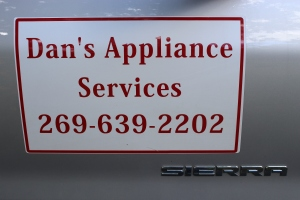 Dan's Appliance sign on truck USE